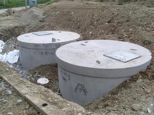 Установка канализации колец