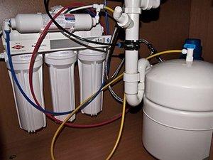 Картинки по запросу установка фильтров для воды москва