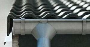 металлические водостоки для крыши монтаж своими руками