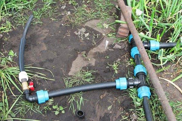 полиэтиленовые трубы для полива на даче