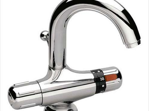 smesitel s termostatom dlya vannoj s dushem 5 - Смеситель с термостатом для ванной с душем: виды, устройства, принцип работы