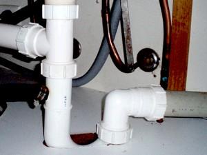 Как пробить канализацию в домашних условиях